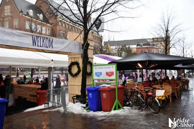 1 Opbouw kerstmarkt (15)