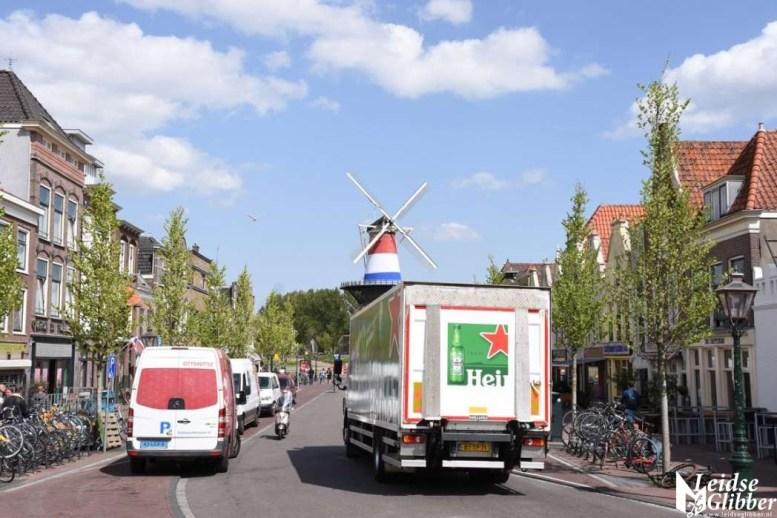 Molen De Valk met vlag (19)