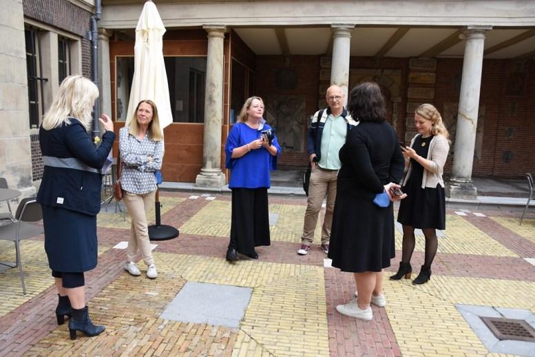 Lakenhal bezoek minister Ingrid van Engelshoven(1)