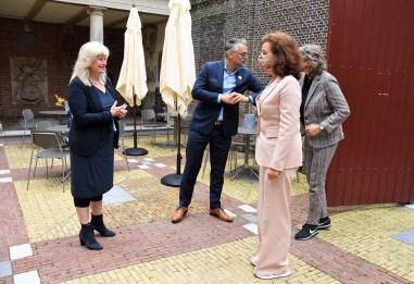 Lakenhal bezoek minister Ingrid van Engelshoven(11)