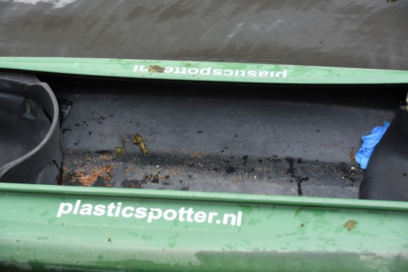 Peukmeuk en plastic vissen (14)