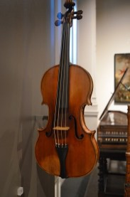 Victoria & Albert Museum Stradivarius Violin