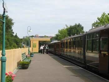 Coach Trip to the Bluebell Line in Sussex