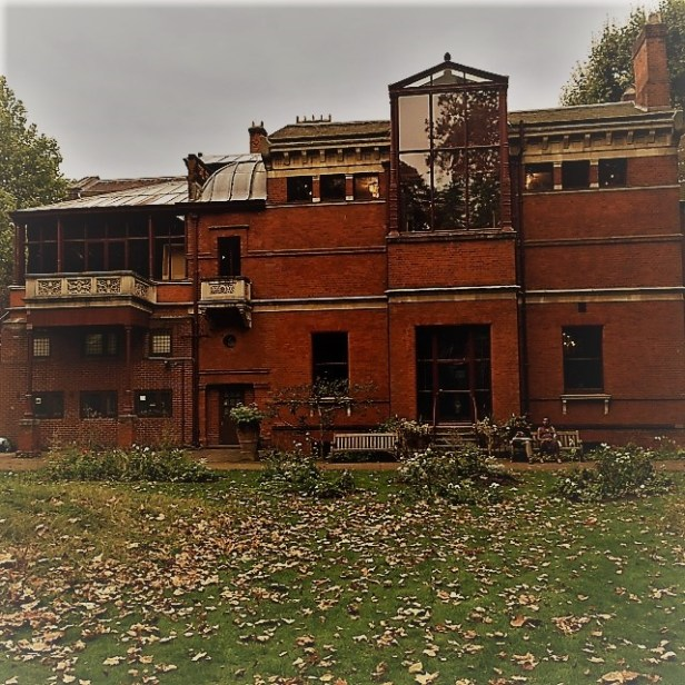1.leightonhouse