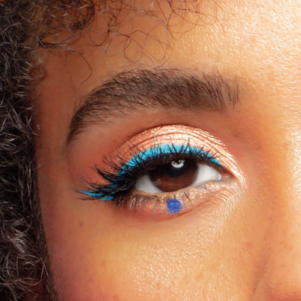 5 Unexpected Ways To Wear Blue Eyeliner
