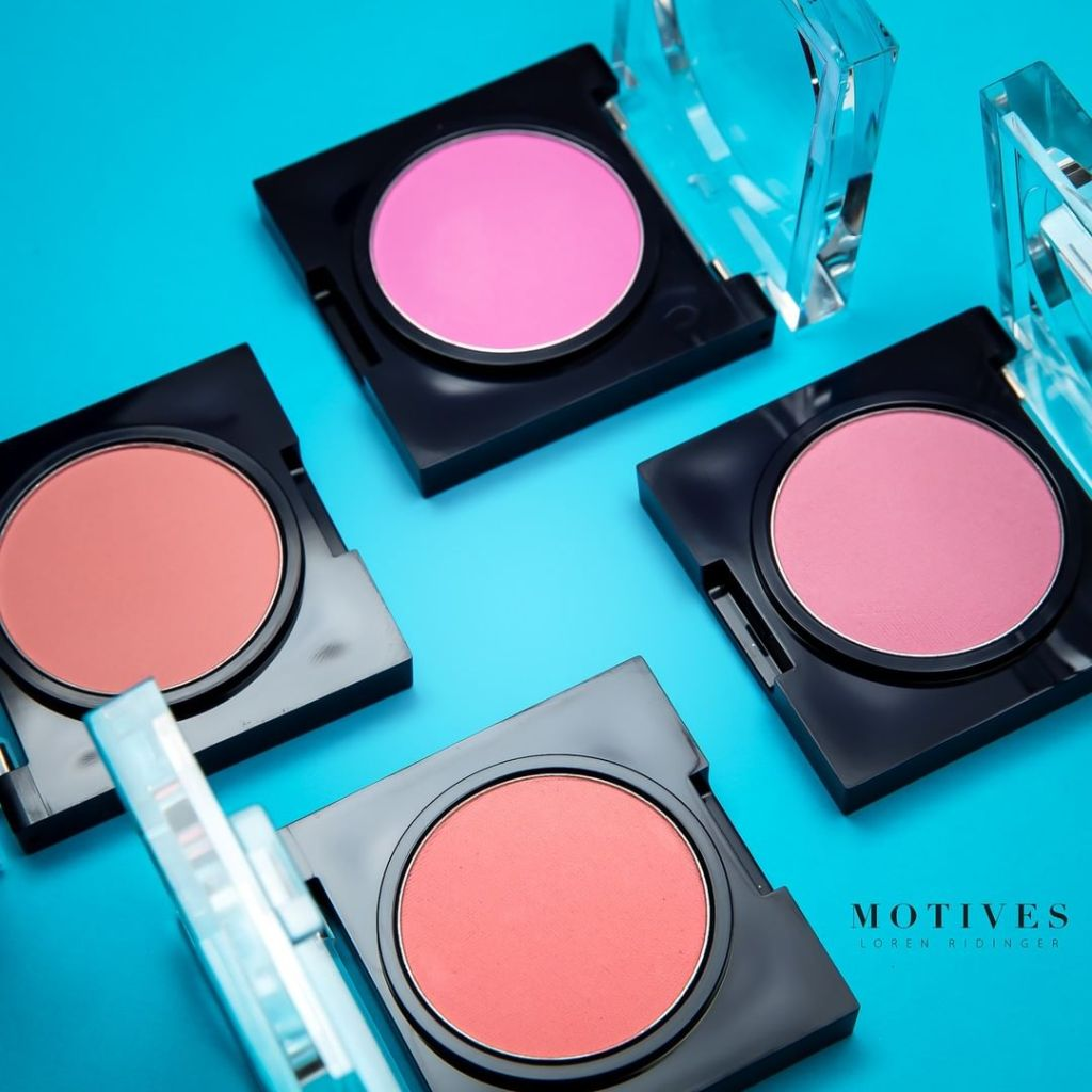 Motives by Loren Ridinger Blushes