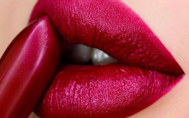 How To Achieve The Perfect Lip Shape