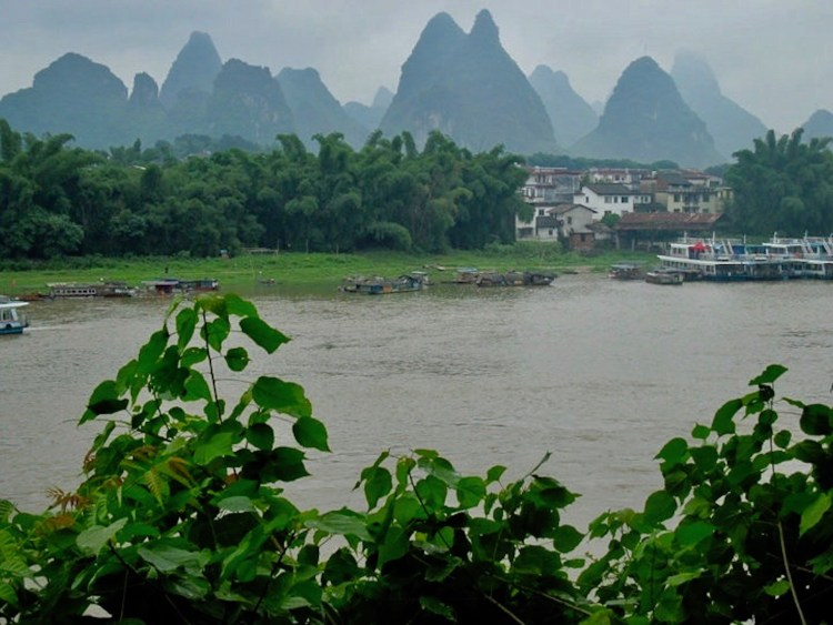 Green Lotus Peak Bilian Peak Li River Yangshuo Guangxi China