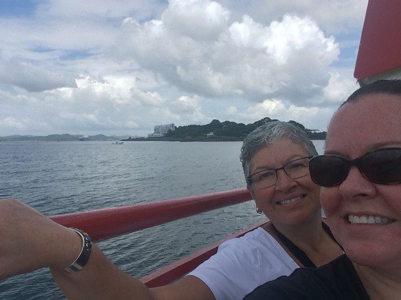 ferry to Isla Toboga