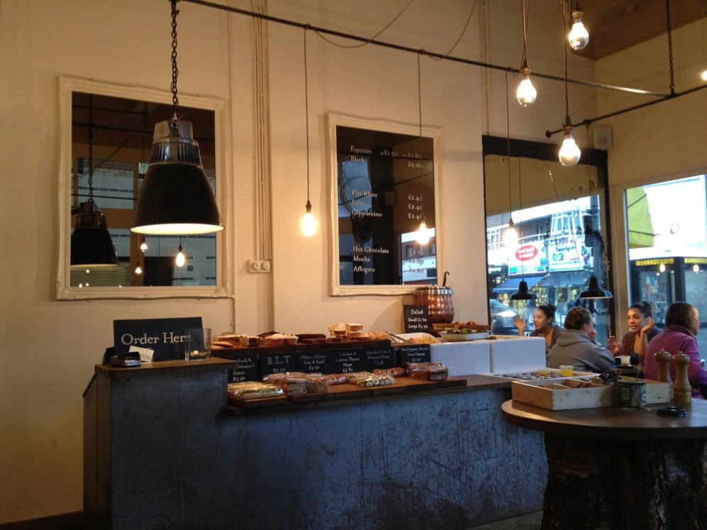 London: Vintage & Coffee | tapped-and-packed-2