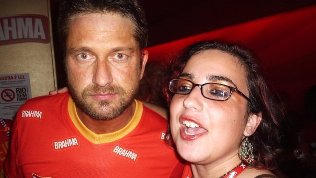 Stalking Gerard Butler at Rio Carnival 2010... photo: Gerard's friend