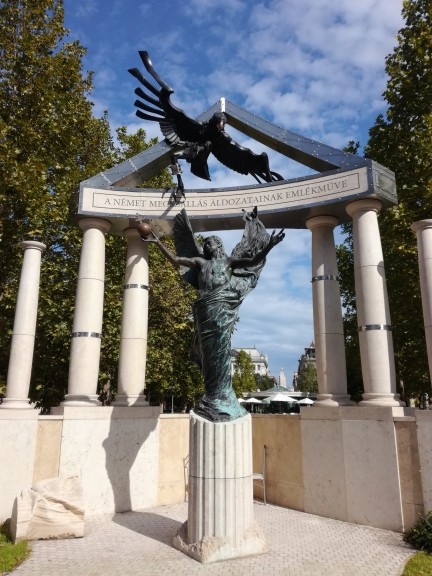 """Monument of """"Hungary's German Occupation of 1944"""" Photo: Daniel Leon"""