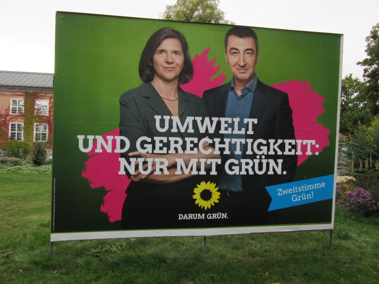 "The Greens and their leaders, Katrin Göring-Eckardt and Cem Özdemir: ""Environment and justice: only with Green."" (Photo: Maximilian Georg)"