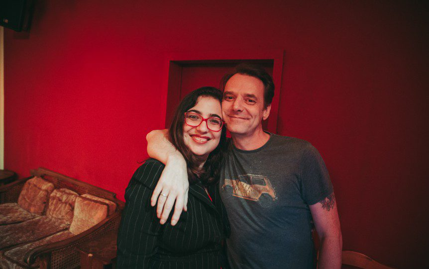 LeipGlo Editor-in-Chief Ana Ribeiro and the Cocktail Open Mic host, British voice actor Peter Seaton-Clark. (Photo: Justina Smile Photography)