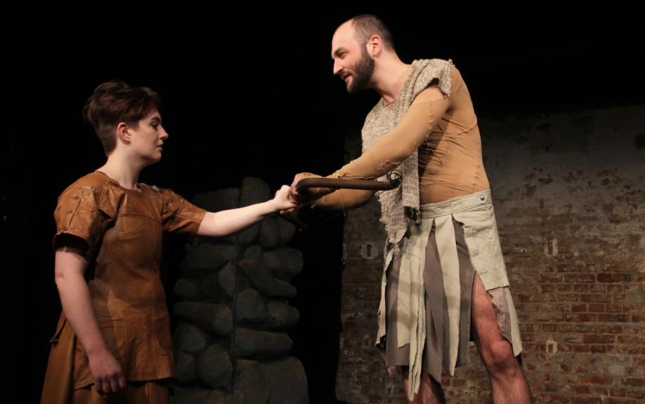 Philoctetes gives Neoptolemus his bow. Image by Shira Bitan, courtesy of ETL.