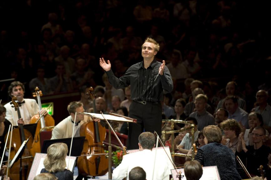 Vasily Petrenko conducting in Albert Hall - photograph by Mark McNulty