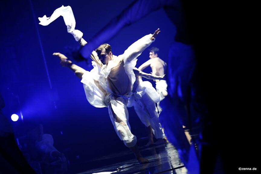 Landon Harris in Mario Schröder's Solitude, Leipzig Ballet