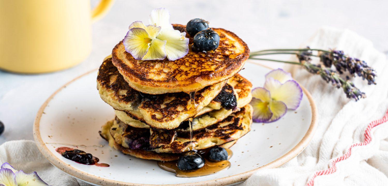 Almond Blueberry Ricotta Pancakes (Low Carb)