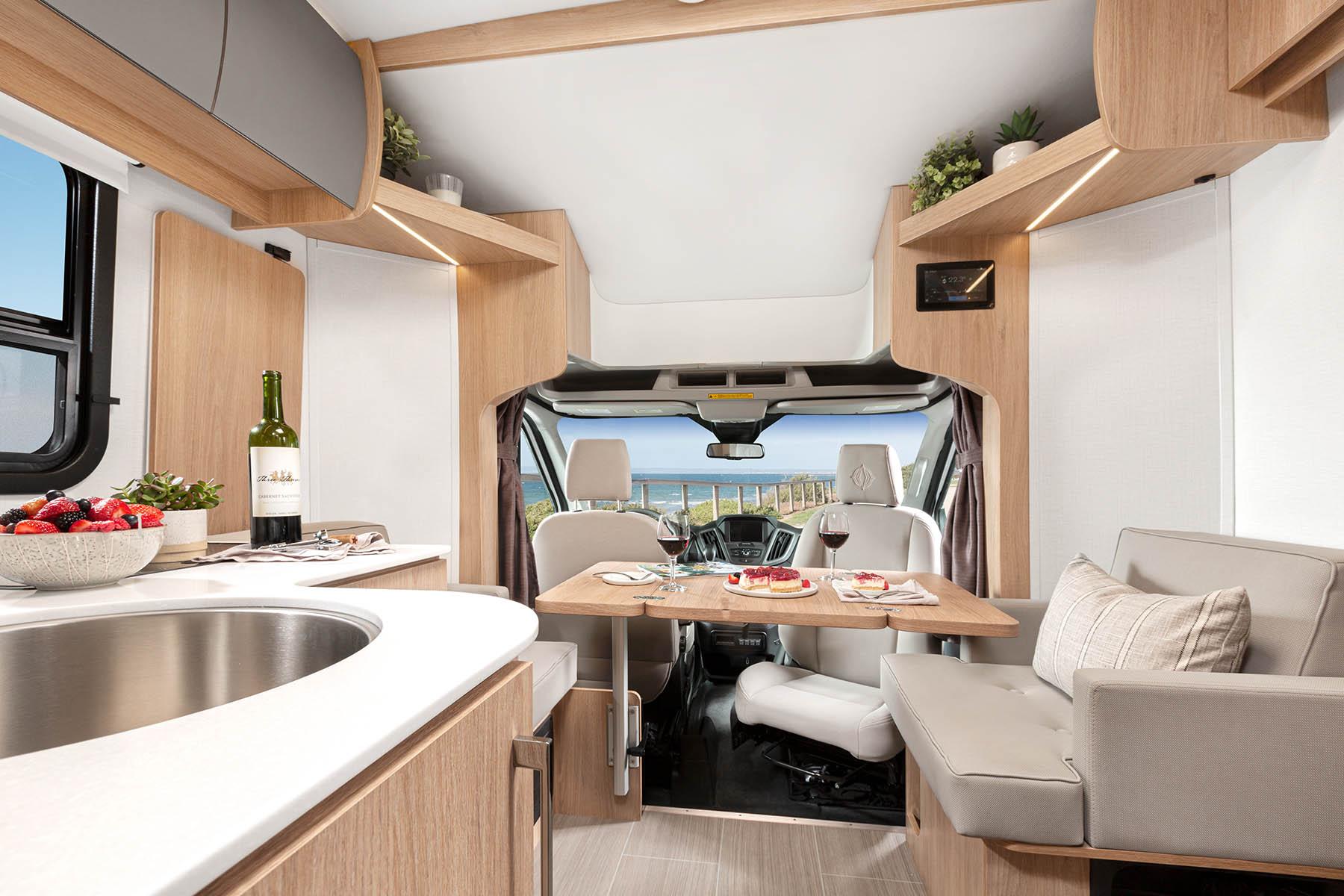 Wonder Rear Twin Bed  Leisure Travel Vans