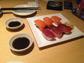 Je ne crois pas qu'il y ait besoin d'explications ! (http://fr.wikipedia.org/wiki/Sushi)