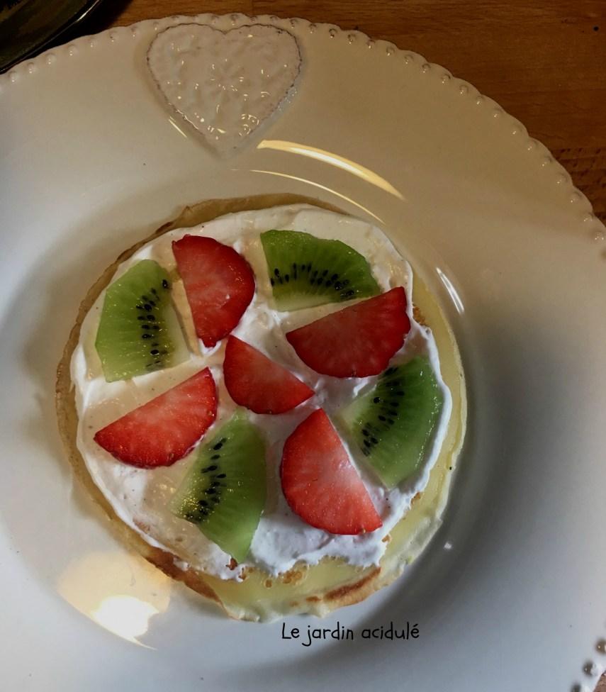Gâteau de crêpes aux fruits