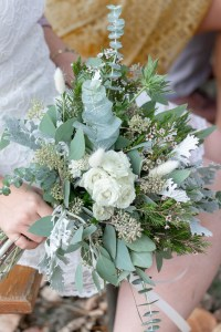 Le Jardin d Audrey-wedding_foliage bridal bouquet