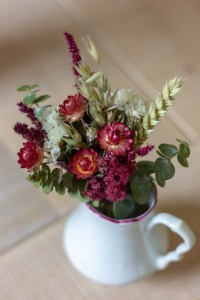 Mini dried flowers bouquet