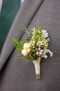 Le Jardin d Audrey_wedding_groomsmen buttonhole flowers