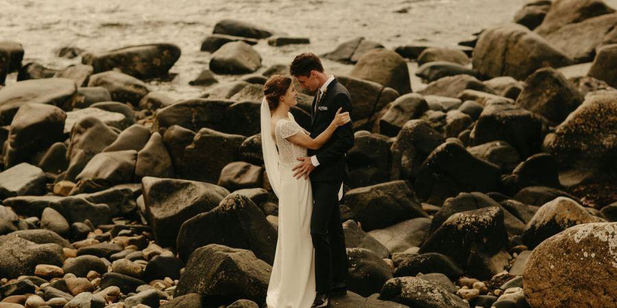Real brides, Laure de Sagazan, french bridal, wedding planner, weddings in scotland
