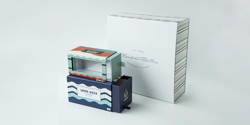 Custom luxury boxes