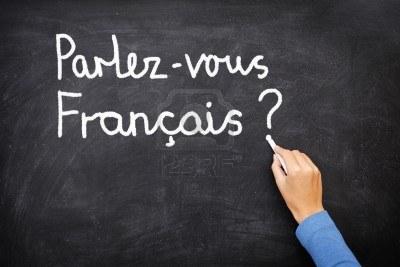 Le français va mal au Québec (Denise Bombardier). Il va très bien ( article d'une universitaire dans une revue de gauche).