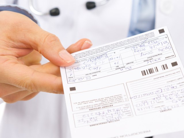 Les médecins prescrivent n'importe quoi ! Un docteur explique.