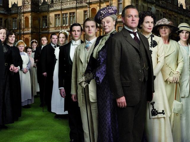 La vraie vie à Downtown Abbey : documentaire avec sous-titres anglais sur la vie dans les manoirs britanniques.
