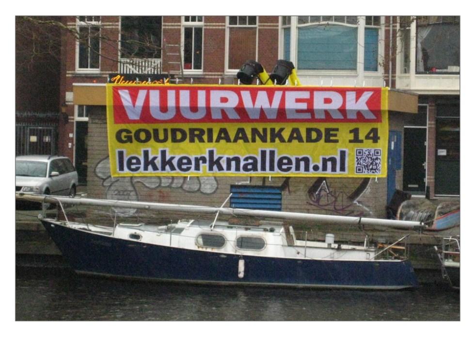 groot_spandoek_lekkerknallen_vuurwerk_verkoop_denhaag015