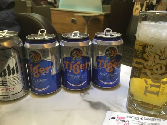 チャンギSATSラウンジビール