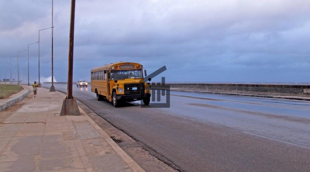 Un bus dans les rues de La Havane