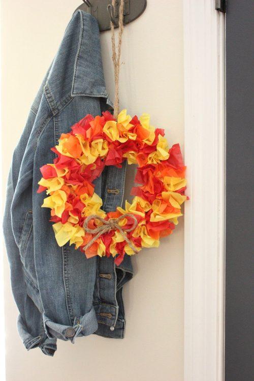 Fall kids craft DIY tissue paper wreath