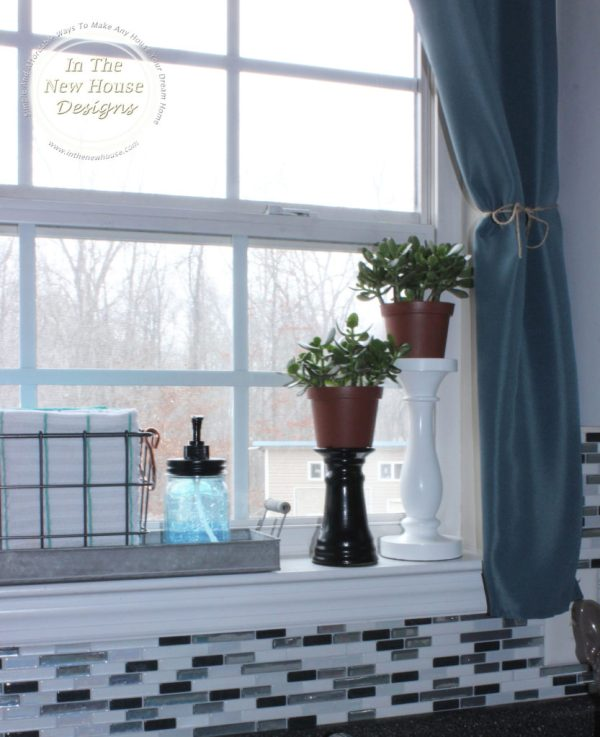 DIY Kitchen Window Curtains