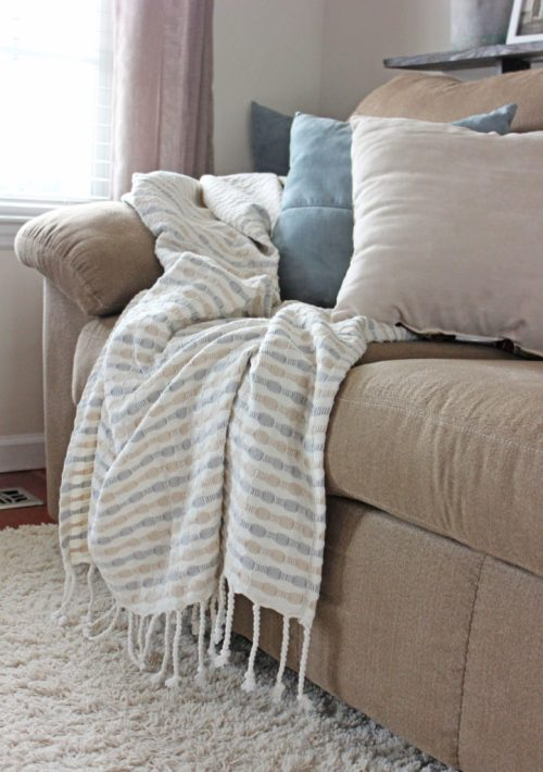 Throw pillows and blankets
