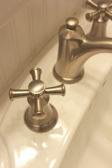 Farmhouse Style Bathroom Faucet by American Standard