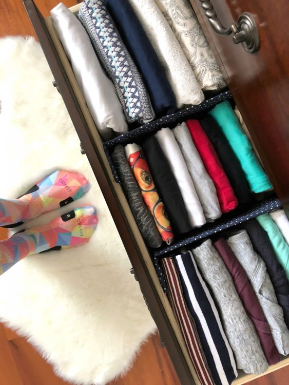 file folding clothes in drawers