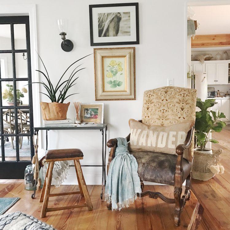 rustic farmhouse style vintage antique chair