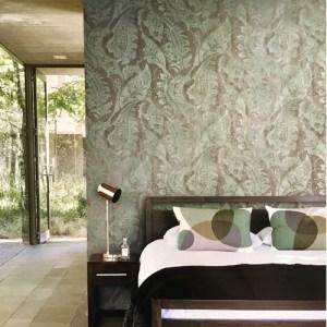 Seabrook Wallcoverings Metallika Glisten Paisley Wallpaper Roomset