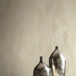 2011106 Seabrook Wallcovering Etten Gallerie Aura Fluer de Lis Wallpaper Gold Room Setting