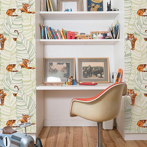 DA61204 Seabrook Wallcovering Day Dreamers Jungle Tiger Wallpaper Green Room Setting