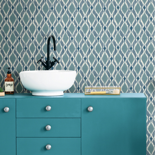 SP1429 York Wallcovering Small Prints Dyed Ogee Wallpaper Blue Bath Room Setting