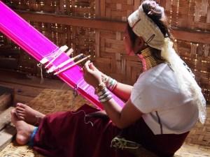 tissage-au-Myanmar
