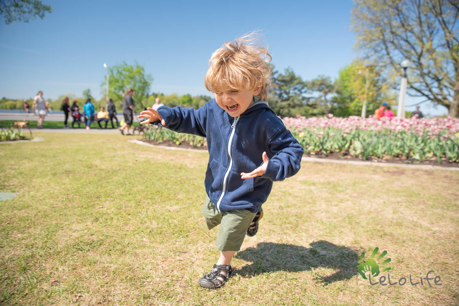 LeLoLife - Marcher avec les enfants - Festival de tulipes d'Ottawa