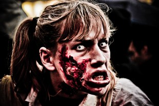 le-mag-de-poche-wordpress-image-zombie-walk-paris-2012 (14)