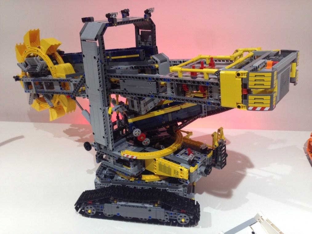 LEGO - 10 HEURES DE TRAVAIL
